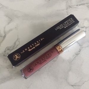 ANASTASIA BEVERLY HILLS Veronica Liquid Lipstick